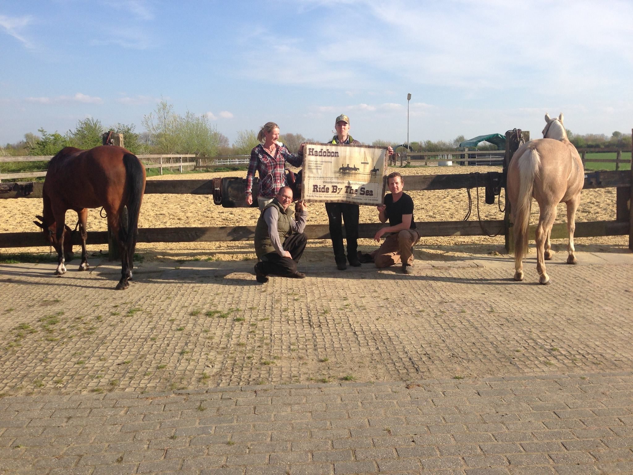 Winnares geniet van heerlijk weekend met paard aan zee